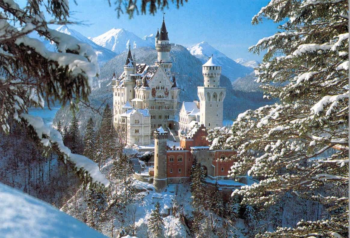 40 Adorable Pictures And Photos Of The Neuschwanstein Castle During Winters