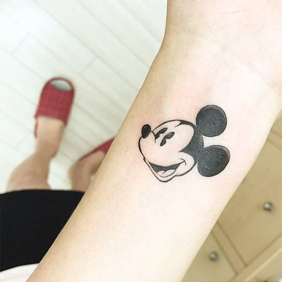 12+ Fantastic Mickey Mouse Tattoo Designs