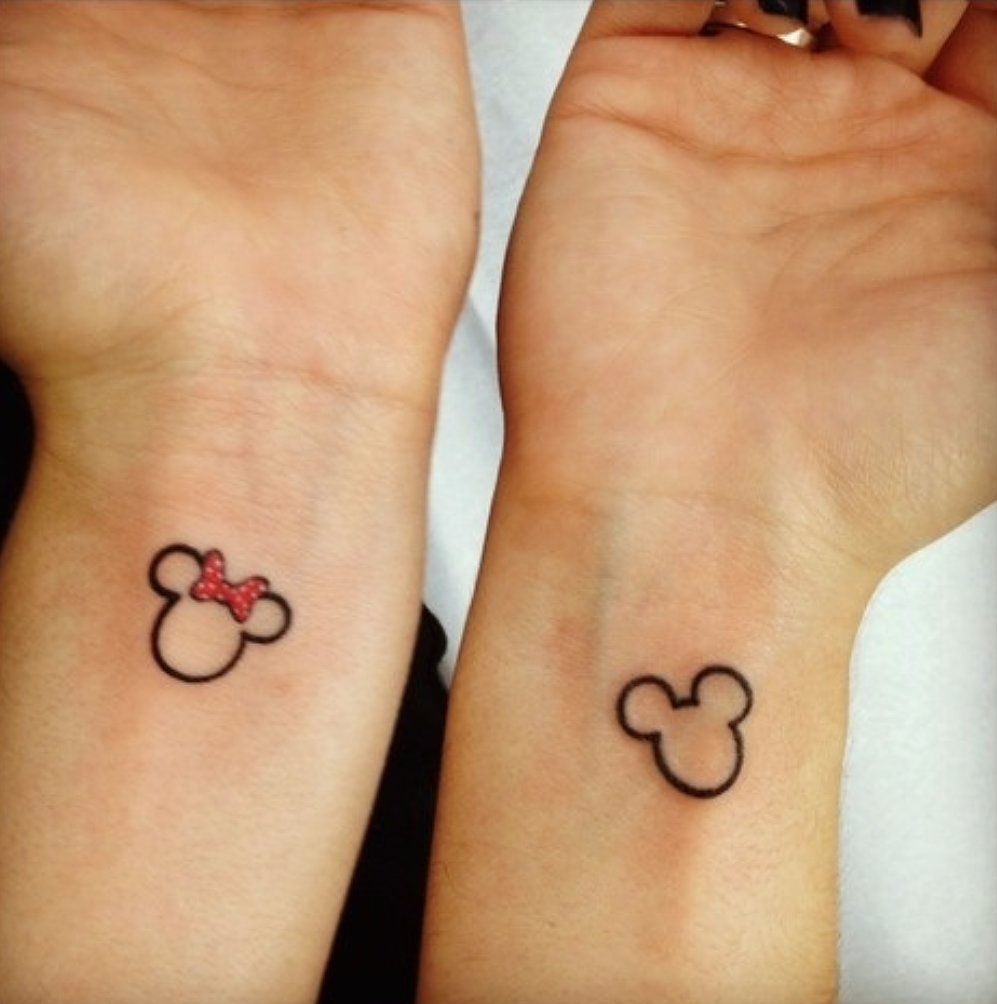 28 outline mickey mouse tattoos. Black Bedroom Furniture Sets. Home Design Ideas