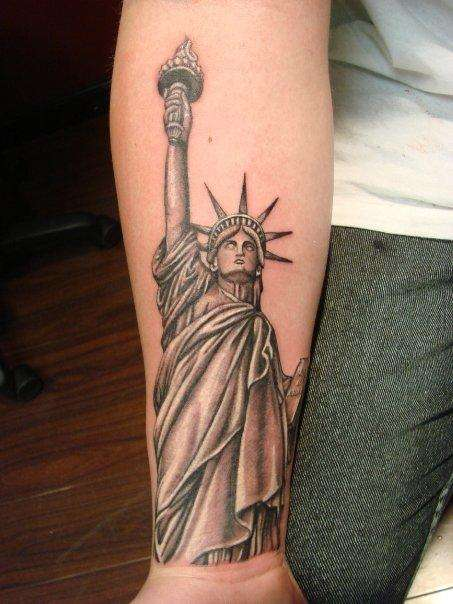 black and grey 3d statue of liberty hiding face tattoo on forearm. Black Bedroom Furniture Sets. Home Design Ideas
