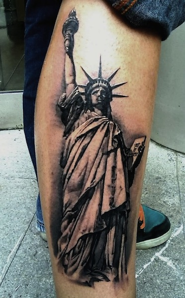 black and grey statue of liberty tattoo on right forearm. Black Bedroom Furniture Sets. Home Design Ideas