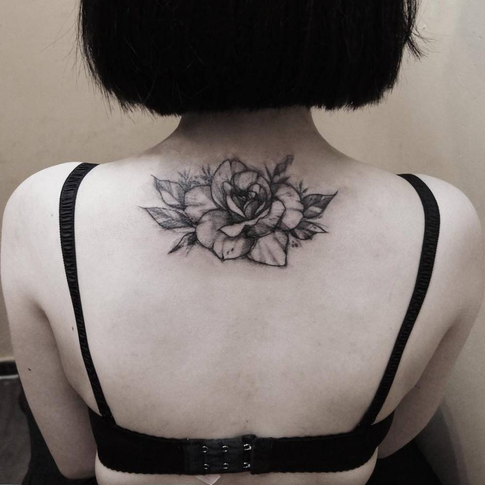 31+ Lovely Upper Back Tattoos