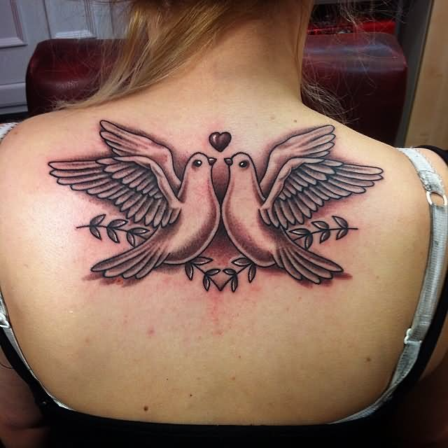 35+ Back Shoulder Tattoos For Women