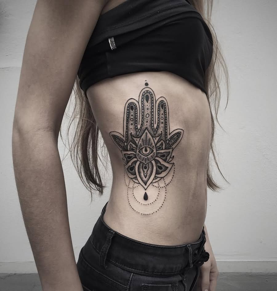 39 beautiful hamsa tattoos. Black Bedroom Furniture Sets. Home Design Ideas