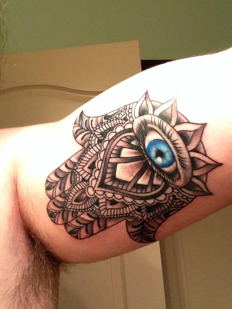 39 Beautiful Hamsa Tattoos