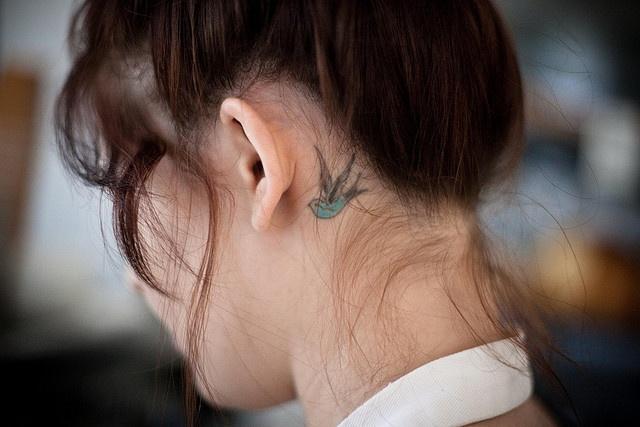 24 behind the ear bird tattoos for Cute tattoos behind the ear