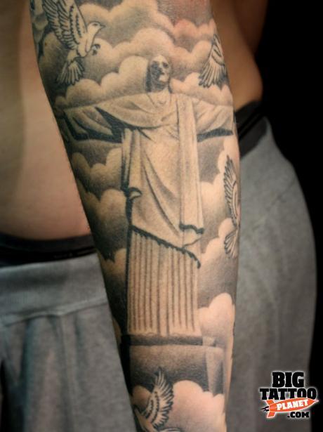 brazil statue tattoo the image kid has it. Black Bedroom Furniture Sets. Home Design Ideas