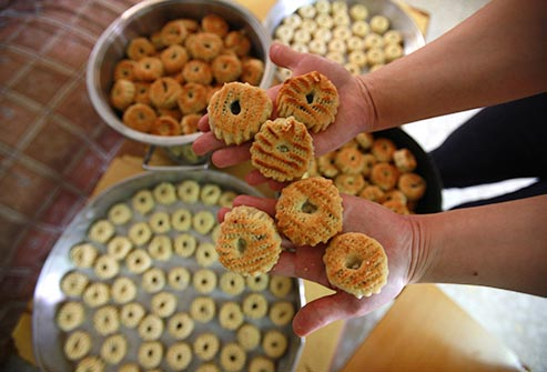 Download Family Quote Eid Al-Fitr Food - Biscuits-For-Eid-Al-Adha  Pic_164817 .jpg