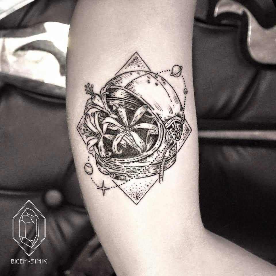 Astronaut Tattoos Designs Ideas And Meaning: 57+ Wonderful Astronaut Tattoos