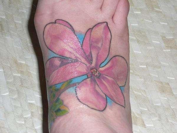 magnolia foot tattoo - photo #8