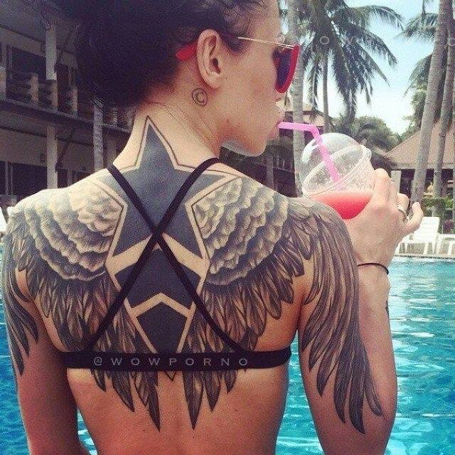 4 Unique Angel Wings Tattoos For Girls