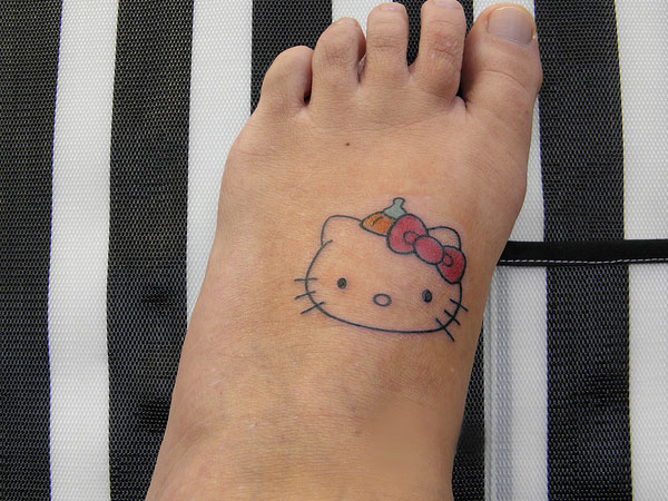 Hello Kitty Bow Tattoo Foot 19+ Hello Kitty Foot T...
