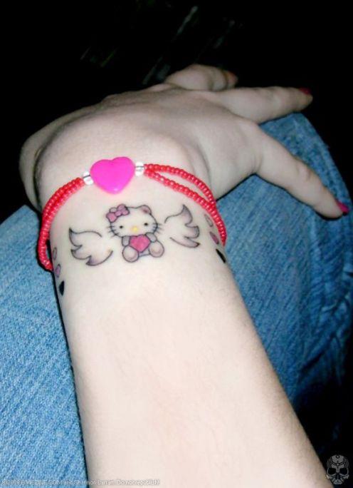 Hello kitty lip tattoo still