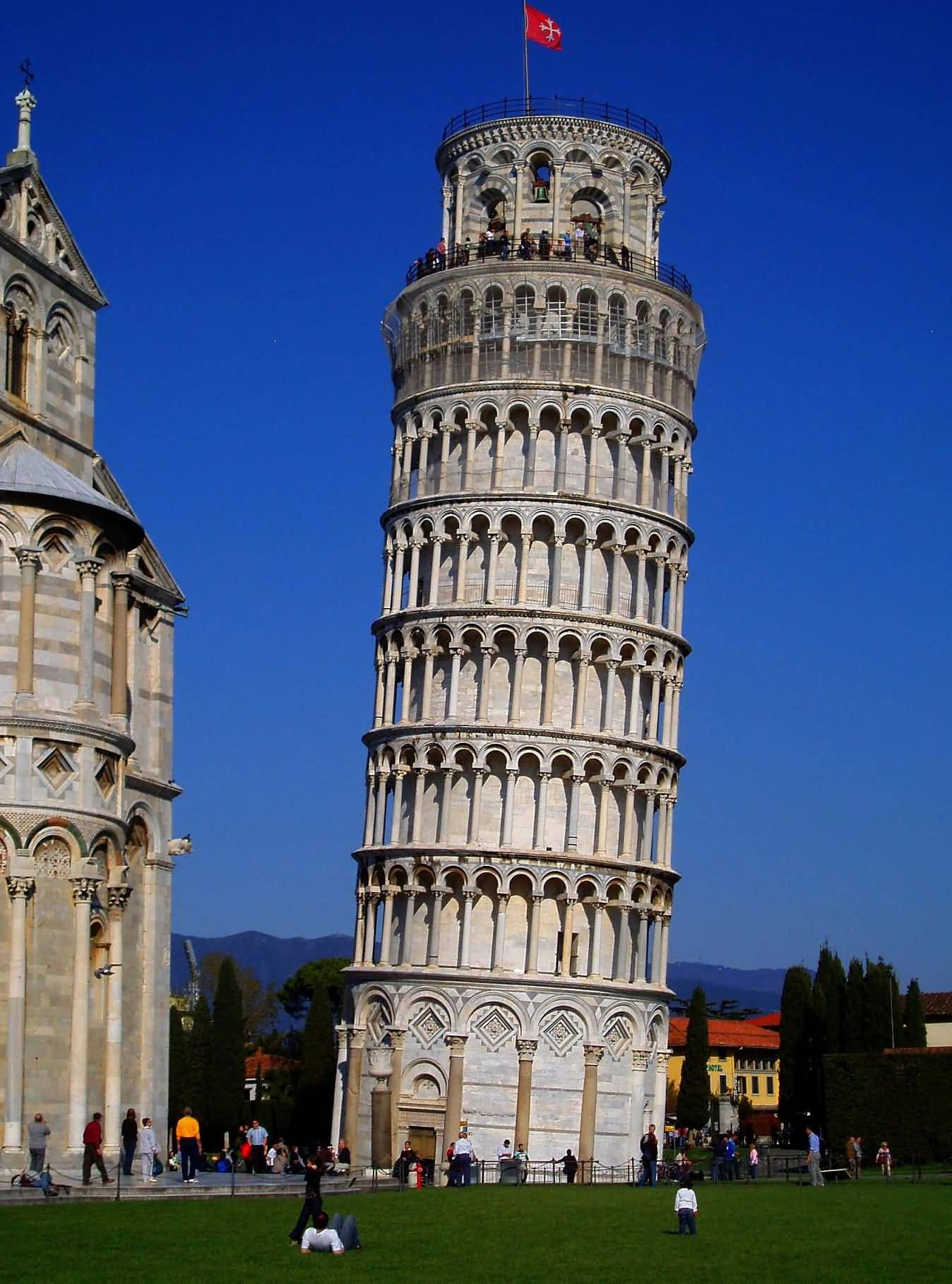 15 incredible inside pictures and photos of the leaning tower of pisa italy - Leaning tower of pisa ...