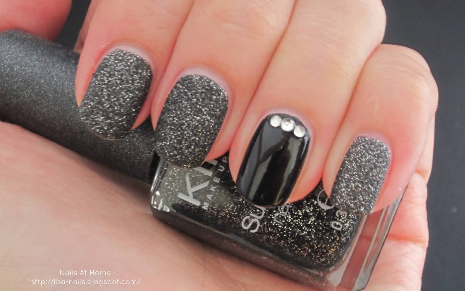 40 Adorable Rhinestones Accent Nail Art Ideas