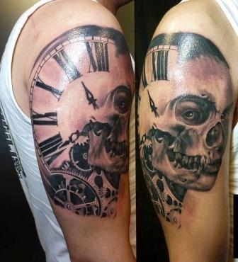 22 Clock Gear Tattoos Ideas