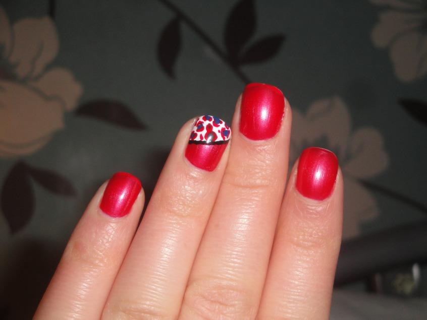51+ Very Beautiful Accent Nail Art Design Ideas