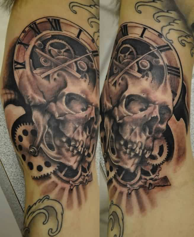 Black And Gray Clock And Skull Tattoos On Bicep: 22+ Clock Gear Tattoos Ideas