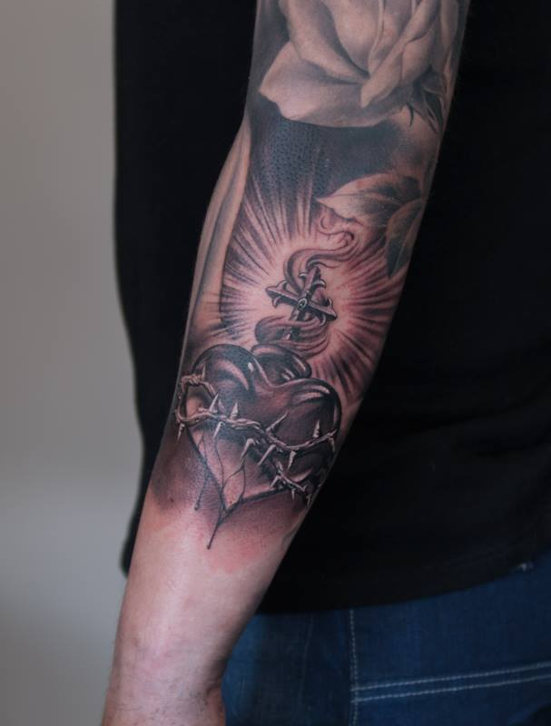 grey sacred heart tattoo on left arm by henrik nissen. Black Bedroom Furniture Sets. Home Design Ideas