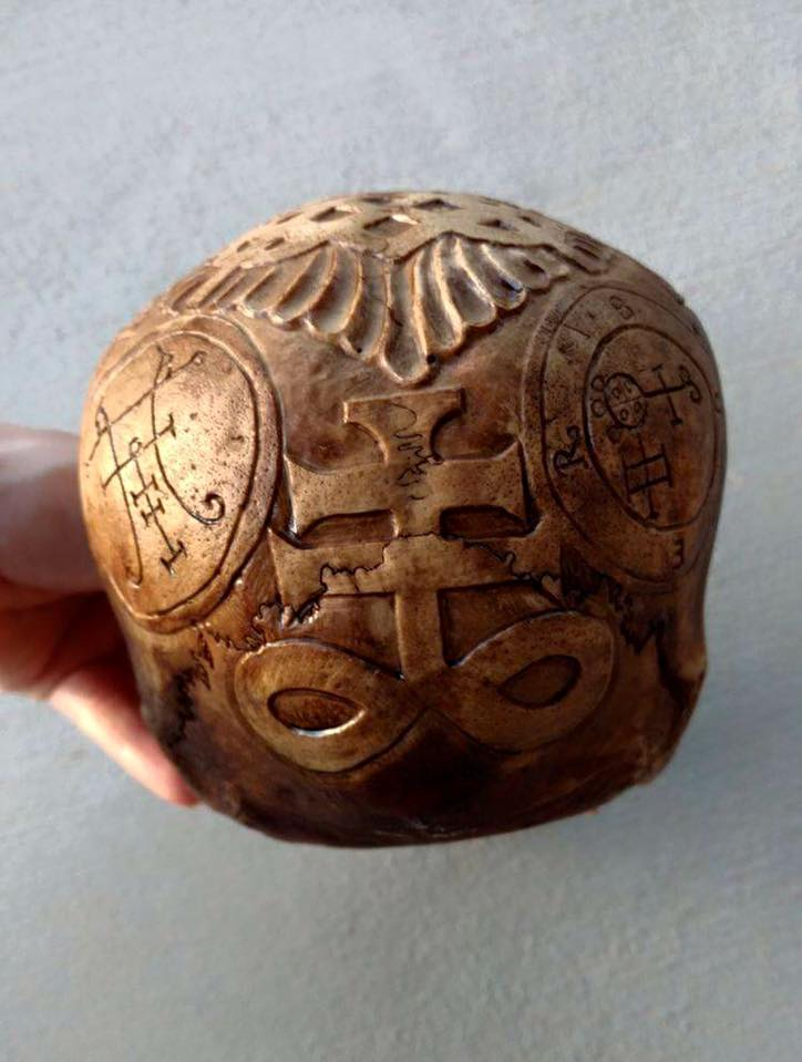 Human skull carving by Artistry by Aletia