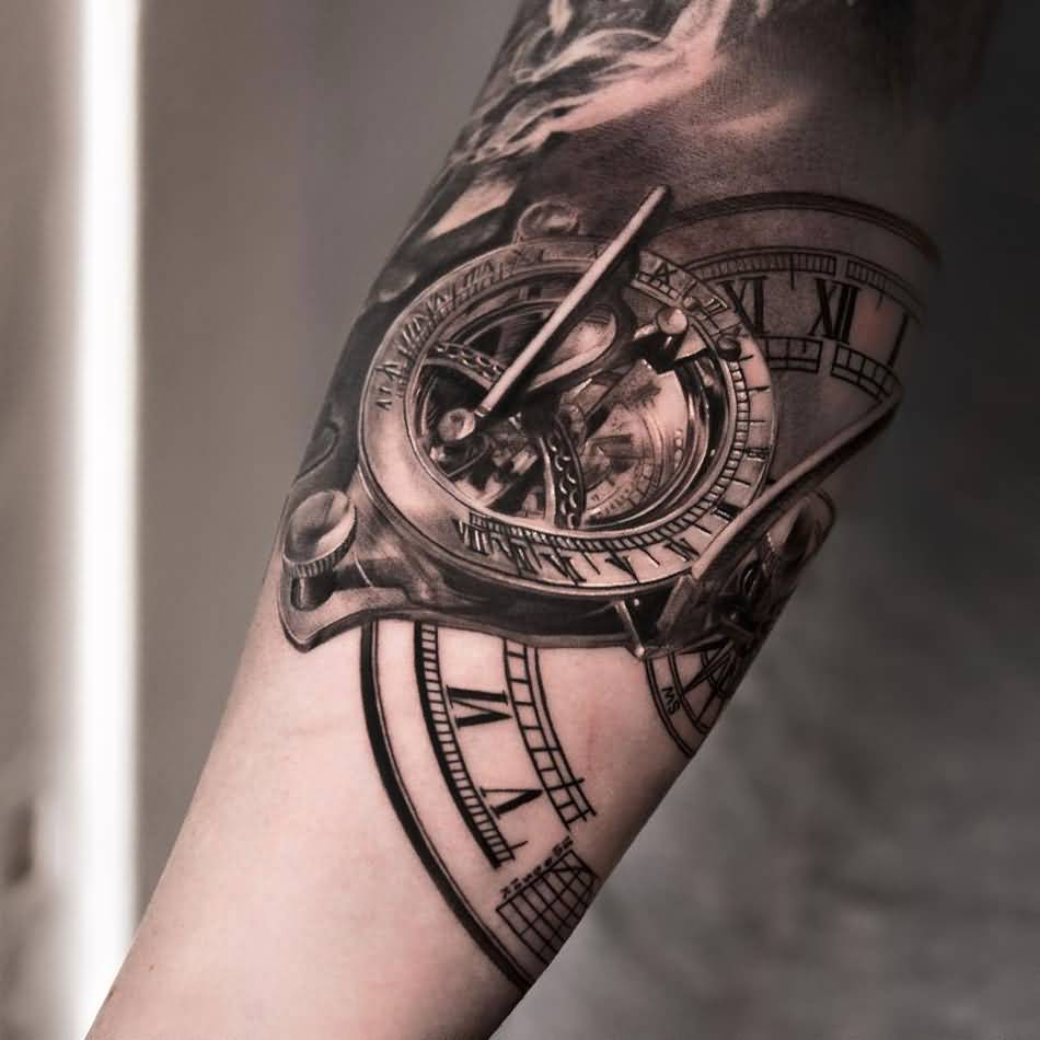10 amazing clock tattoos on forearm. Black Bedroom Furniture Sets. Home Design Ideas