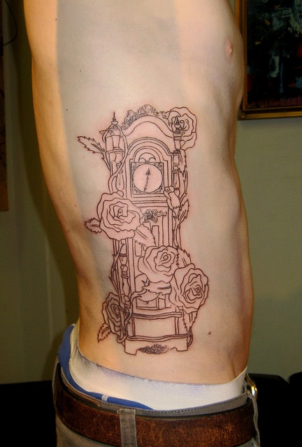 37 Unique Grandfather Clock Tattoos