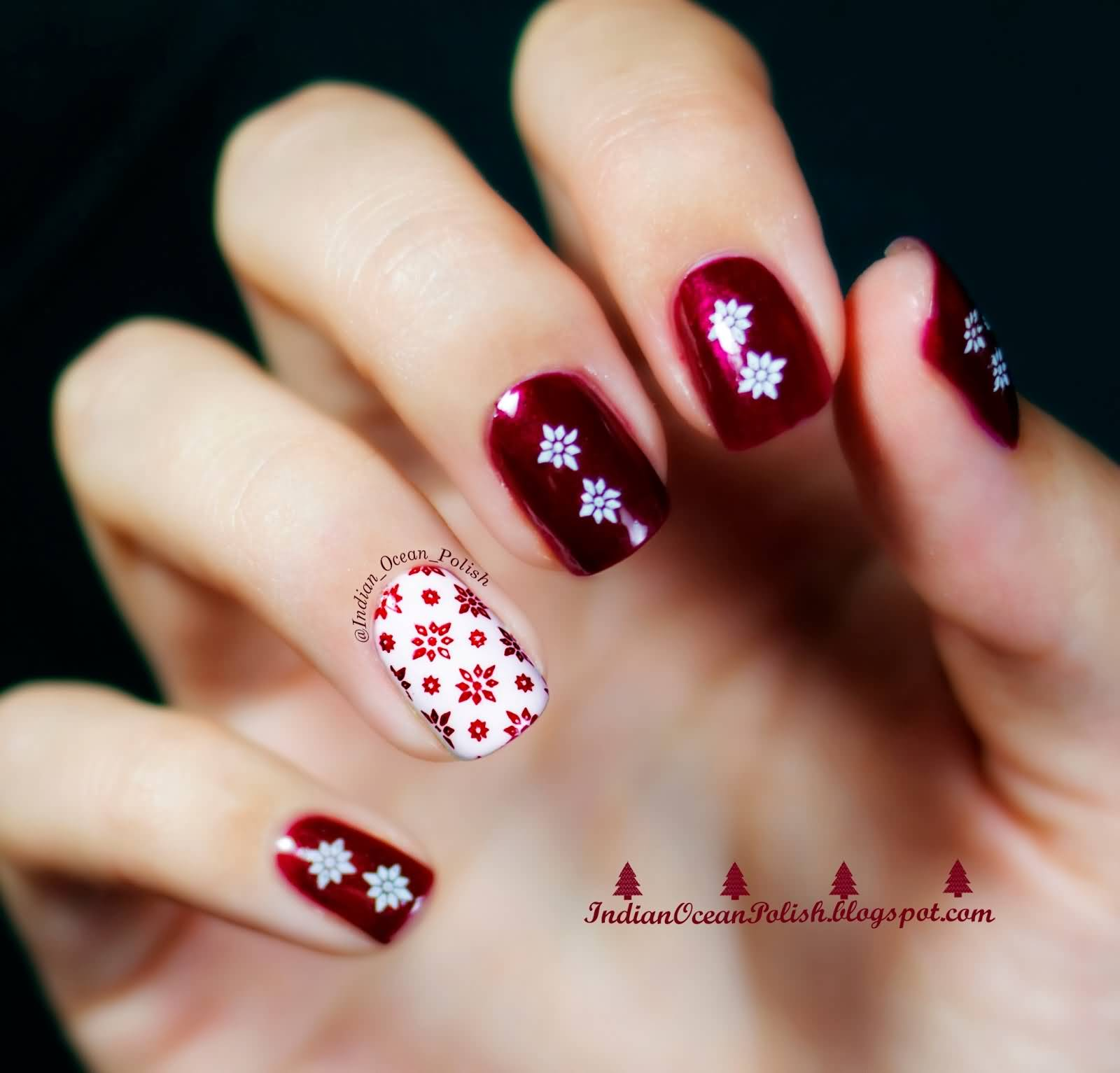 Red Snowflakes On White Accent Nail Art For Christmas