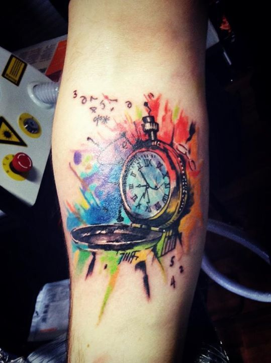 Watercolor clock tattoo on right forearm for Sofas con shenlong