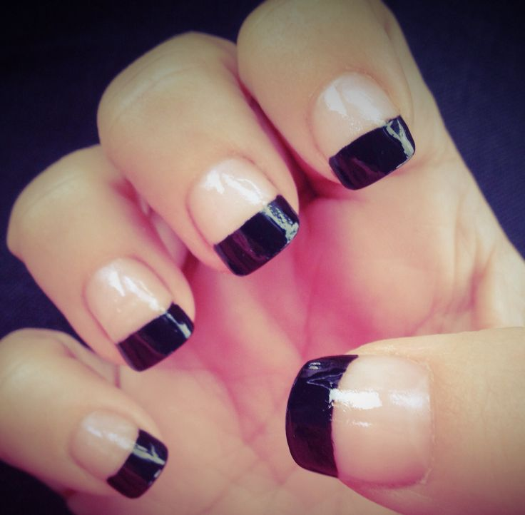 Adorable Black French Tip Nail Design Idea
