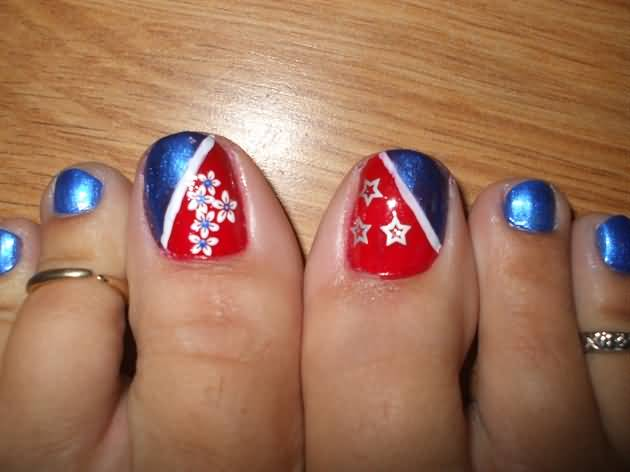 Blue And Red Toe Nails With White Stars Flowers Fourth Of July Nail Art