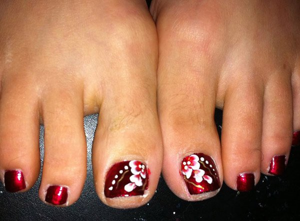 Flower Toe Nail Art Design Idea