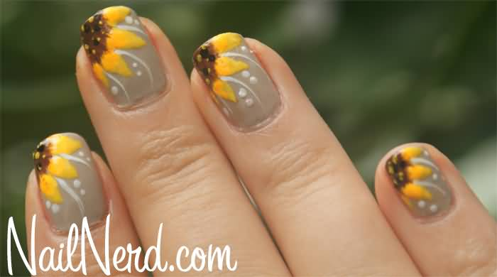 55 Most Stylish Flower Nail Art Design Ideas. Bigger Sunflower Pic - Sunflower Nail Design Tutorial - Design And House Design