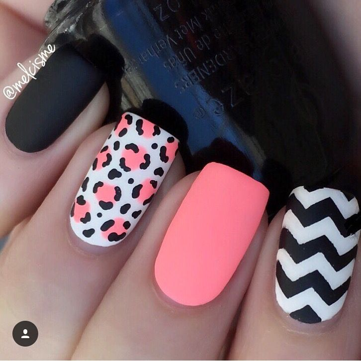 55 Very Beautiful Chevron Nail Art Design Ideas