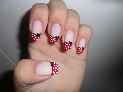 40 stylish and simple bow nail art design ideas polka dots french tip and simple bow nail art prinsesfo Image collections