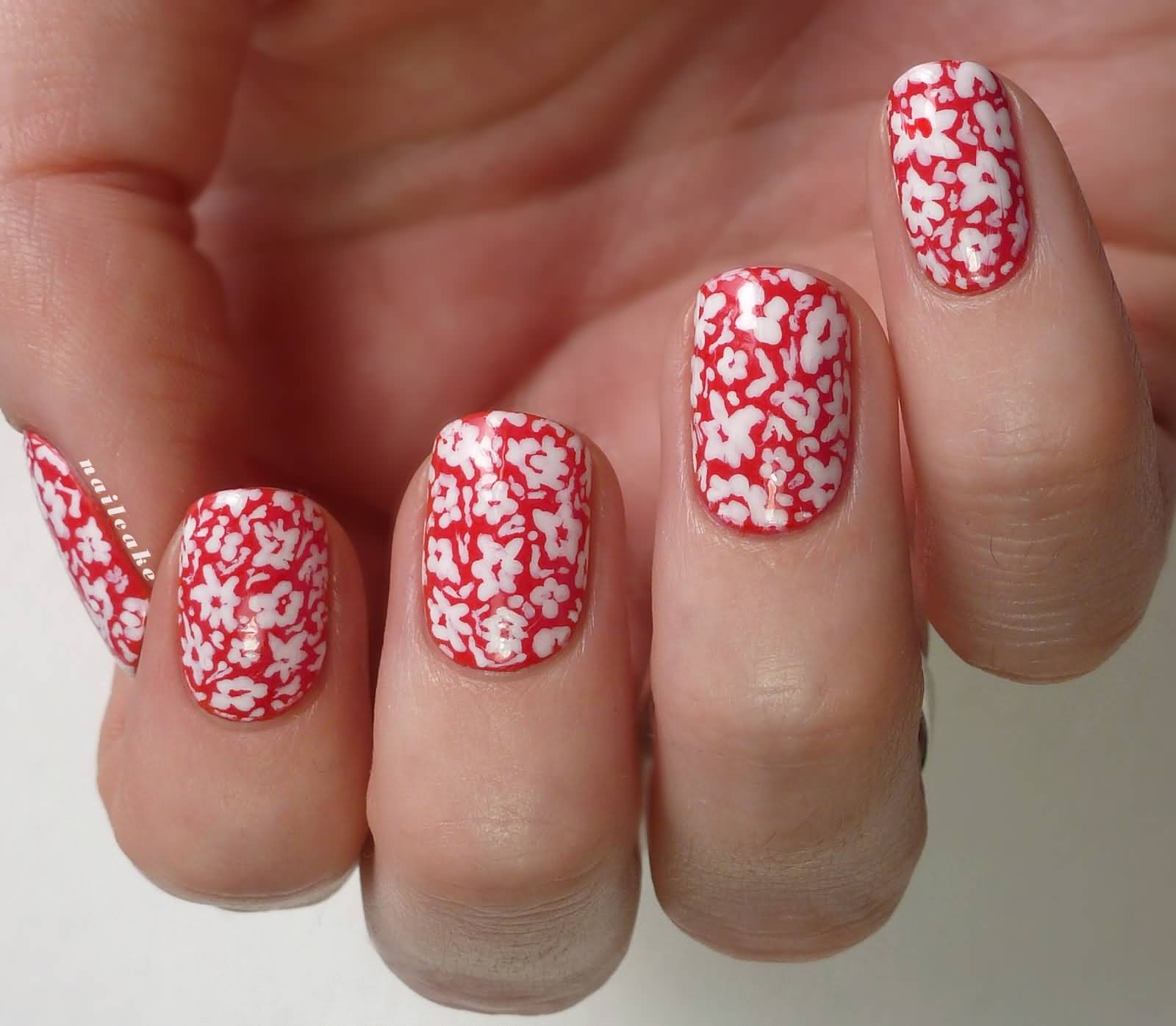 55 Most Stylish Flower Nail Art Design Ideas