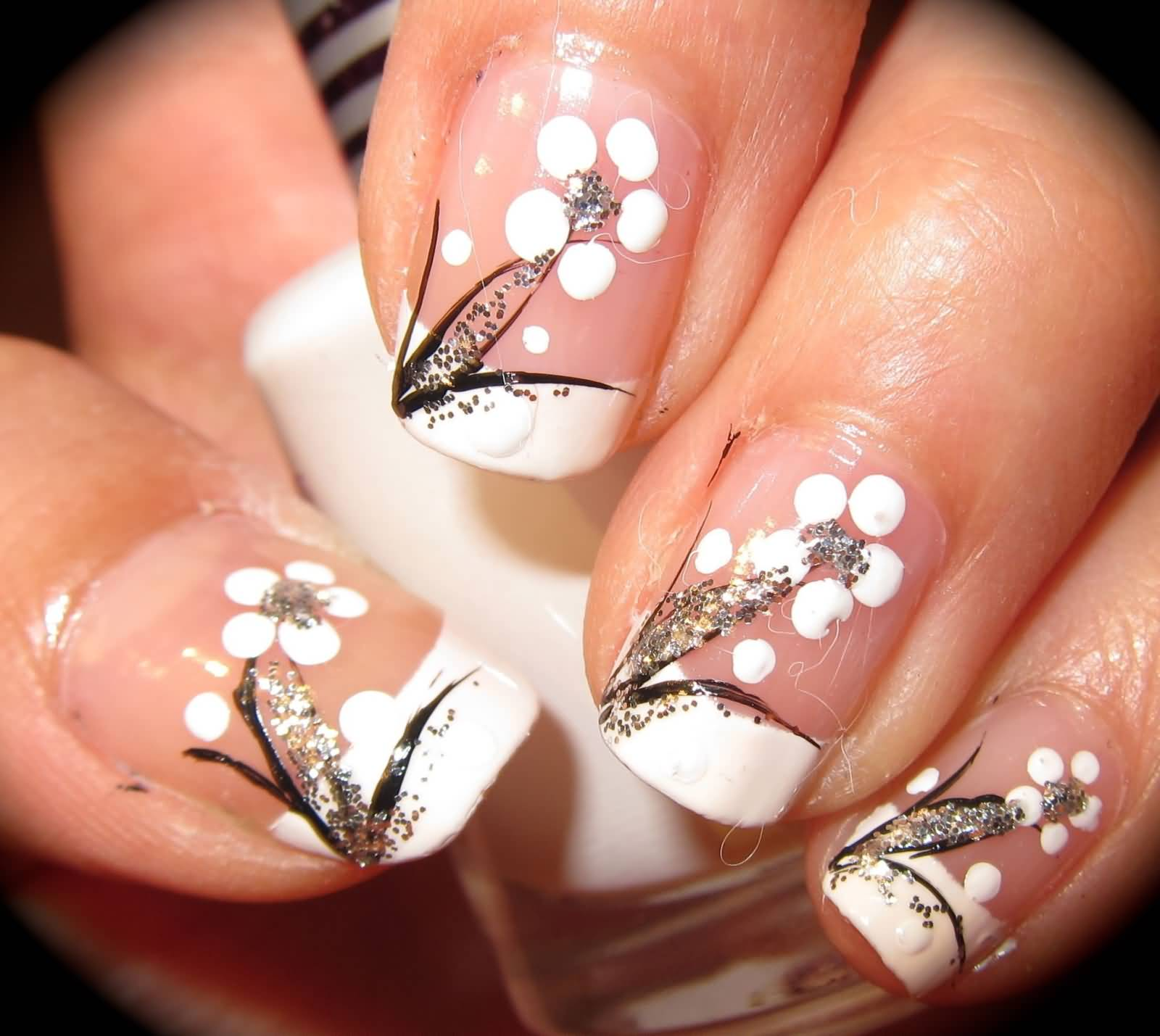 White And Glitter Simple Flowers Nail Art