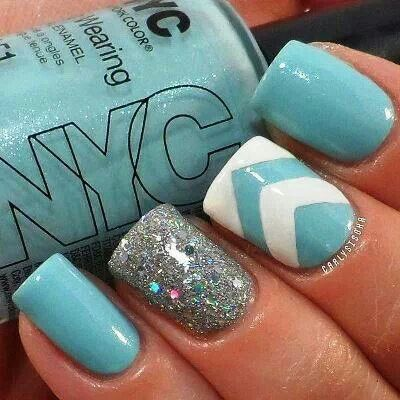50 Most Stylish Accent Chevron Nail Art Ideas