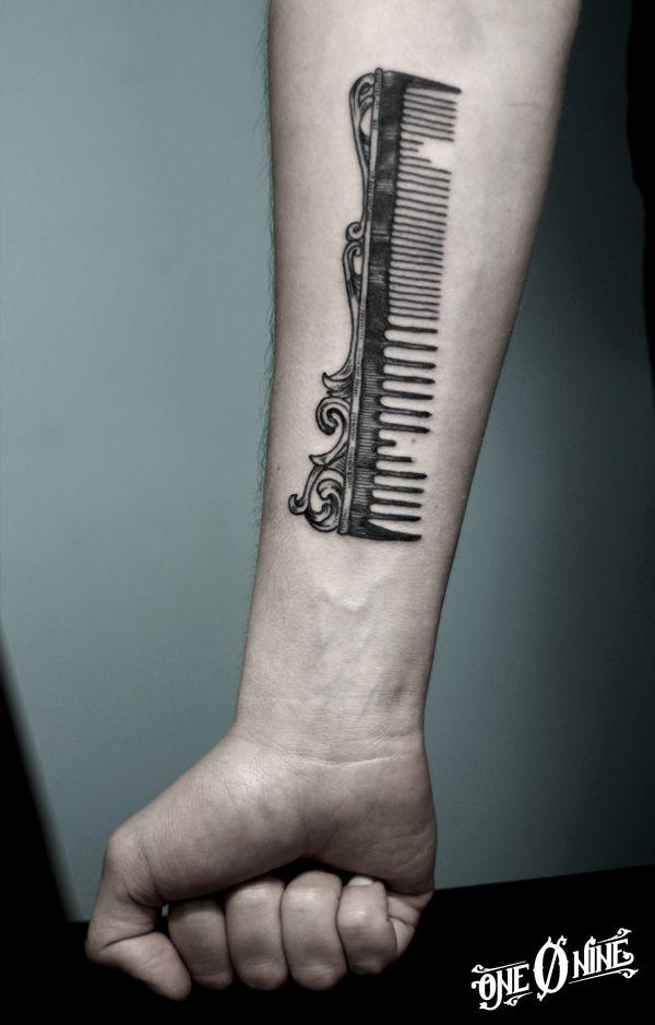 40 simple hair comb tattoo