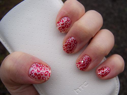 60 latest leopard print nail art designs cute pink leopard print nail art prinsesfo Choice Image