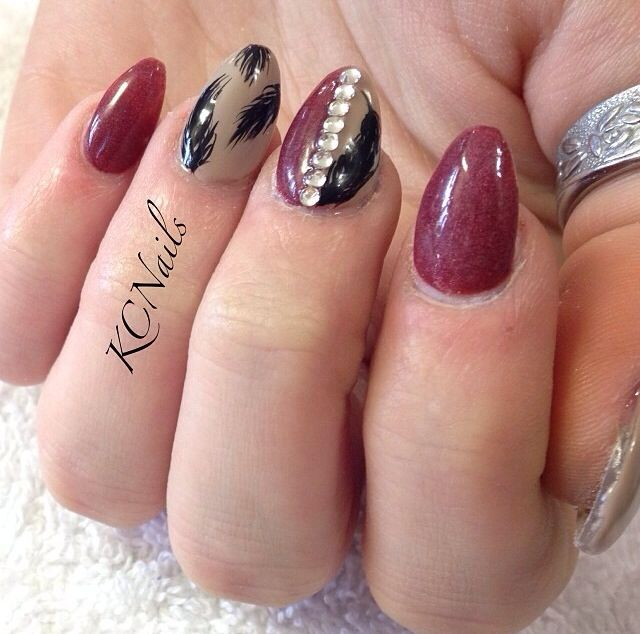 Red And Taupe Almond Acrylic Nail Art - 45+ Most Beautiful Almond Shaped Acrylic Nail Art Design Ideas