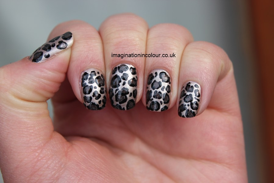 60 latest leopard print nail art designs silver leopard print nail art prinsesfo Image collections