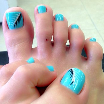 Beautiful Blue Nails With Black Feather Toe Nail Art