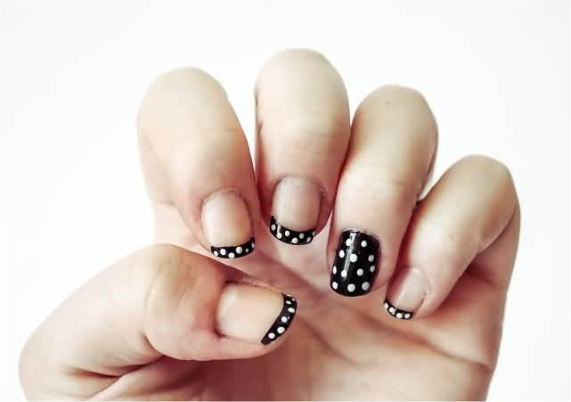 Black And White Amazing Polka Dots Nail Art