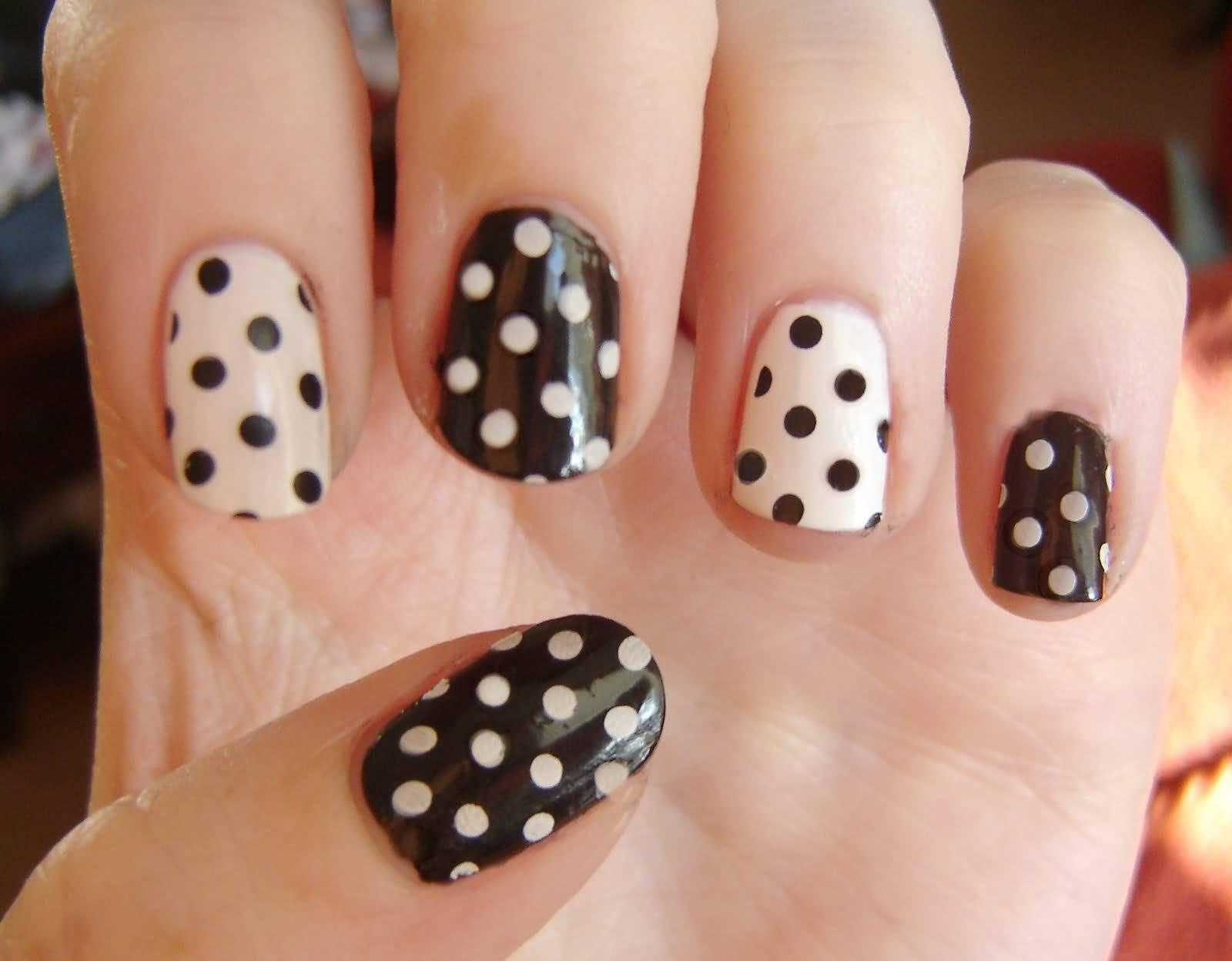 Black And White Polka Dots Cute Nail Art