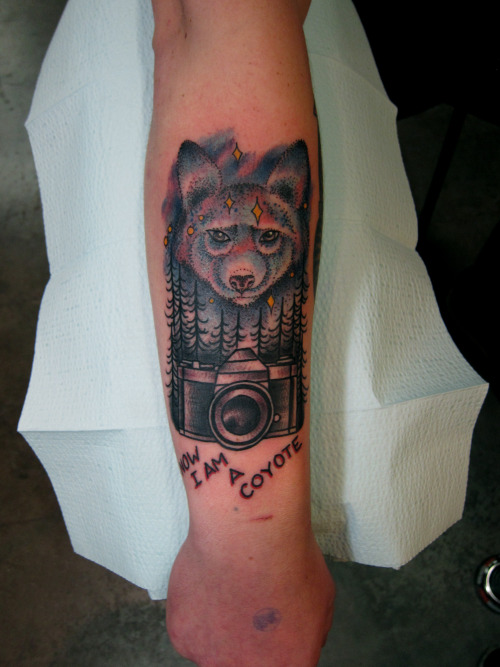 tags coyote tattoo pictures to pin on pinterest tattooskid. Black Bedroom Furniture Sets. Home Design Ideas