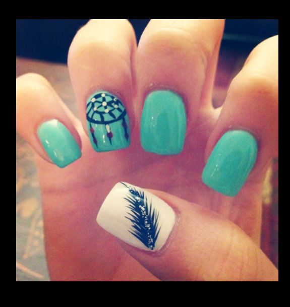 Black Feather And Dreamcatcher Nail Art - 55+ Most Stylish Feather Nail Art Designs
