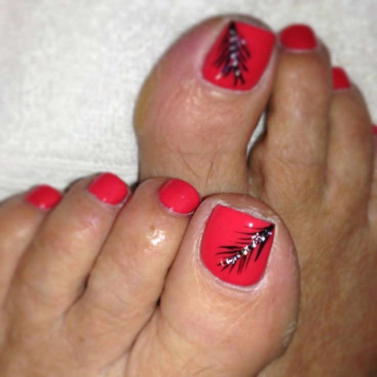 Peacock Toe Nail Designs