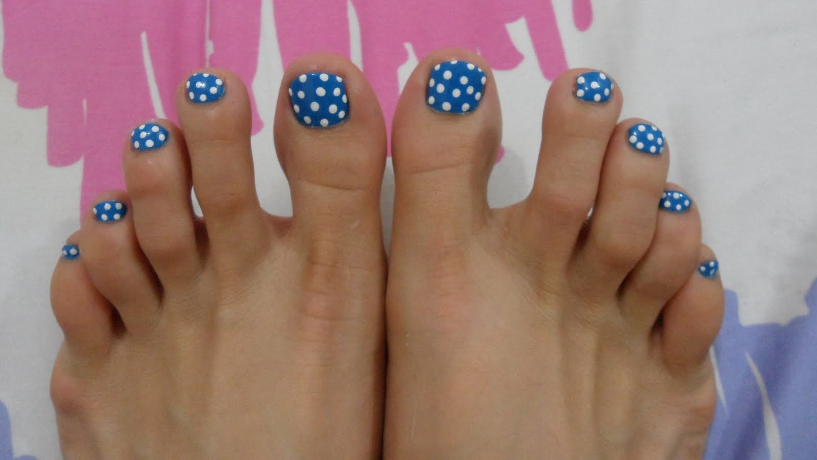 45 best polka dots toe nail art design ideas blue and white polka dots nail art for toe prinsesfo Image collections