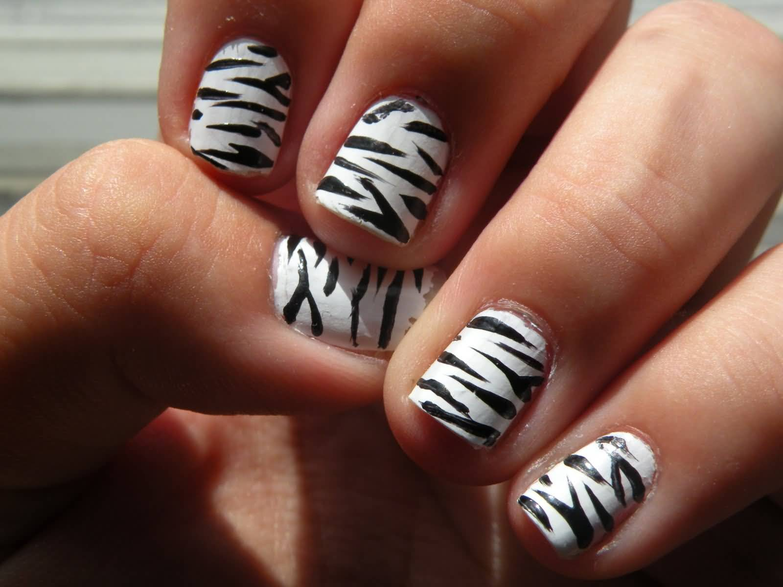Cute Black And White Zebra Print Nail Art For Short Nails