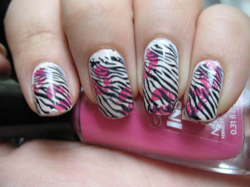 45+ Latest Zebra Print Nail Art Design Ideas For Girls